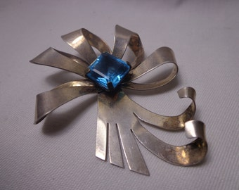 "Antique 1940s ""Modernist"" .925 Sterling Silver Flower Brooch/Pin"