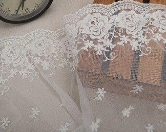 white forial Lace trim