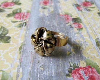 Gold Tone Flower Button Ring