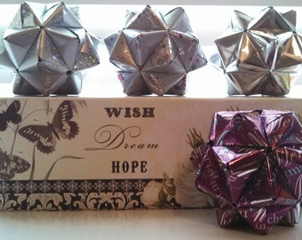 """Decorative Christmas Kusudama Ball Ornament with 3"""" Christmas Foil Wrapping Paper"""