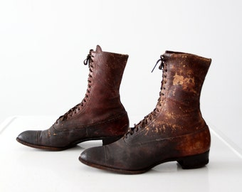 Victorian shoes,  antique women's lace up boots