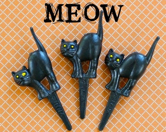 12 Black Cat Cupcake Toppers Halloween Cupcake Cake Picks - Vintage Inspired Cake Decorations Trick or Treat Baking Party Supplies