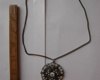 Beautiful 1950s-60s Silver Necklace with Rhinestone Pendant