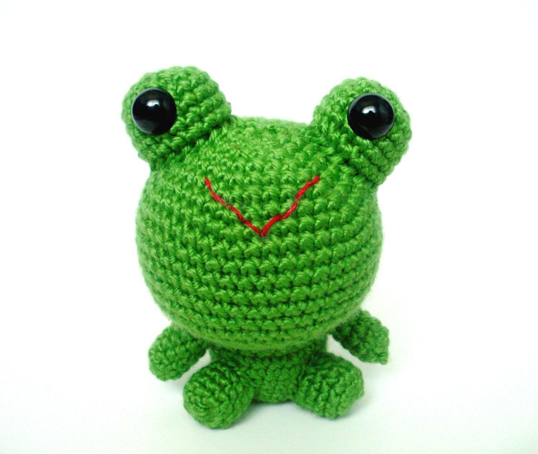 Amigurumi Green Frog : Happy Hoppy Green Frog Plush Amigurumi Crochet Animal