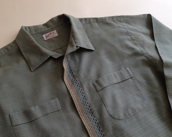 50's Cotton Shirt with a Awesome Detailed Multi-Colored Covered Button Placket. / Men's XLARGE