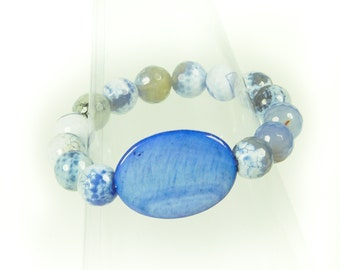 Blue Faceted Agate and Shell Stretch Bracelet.