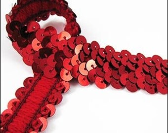 Metallic red elastic sequin trim. 22mm. JR03305