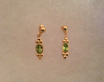 Vintage Avon Peridot Earrings