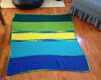 Crochet Lap Afghan: blue, green, and yellow multicolor