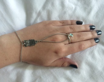 Silver Owl, Small Stone Ring-to-Wrist Handpiece