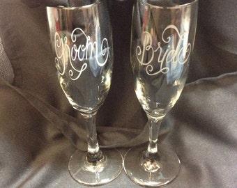 Sandblasted Groom & Bride champagne flutes.
