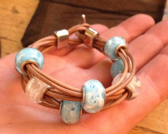 Leather bracelet with glass beads