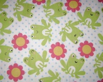 Fabric by the 1/2 Yard - Pretty Frog on Dots Flannel
