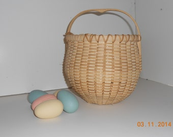"The ""Susie"" hand woven egg basket"