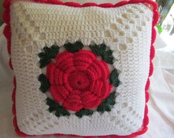 Hand Crocheted Throw Pillow  red  white  and green  new  14''  x 14''