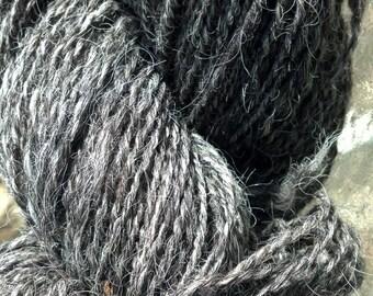 Handspun yarn Navajo-churro