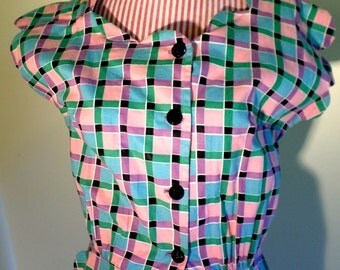 Vintage 1940's Pastel Check Print Cotton House Dress Scallop Trim Cap Sleeves Fitted Waist Side Pockets// Size/ Med//