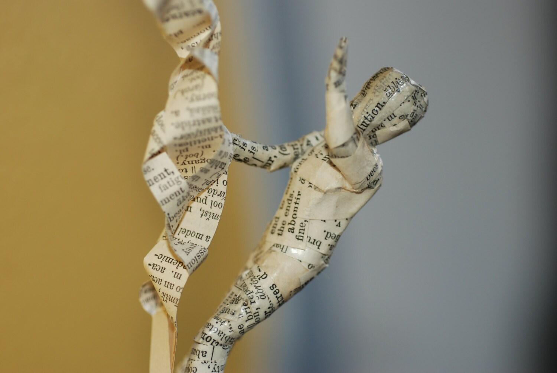 Sculpture de livre raiponce et son prince - Raiponce et son prince ...