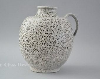 Elly and Wilhelm Kuch studio vase - marked