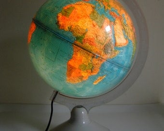 Map of the world - bright – Vintage - 70s.