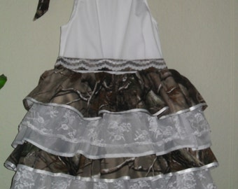Little girls camo and lace. Something different for those Country Cuties, Weddings, Parties, Pageants, dressup or just for fun.