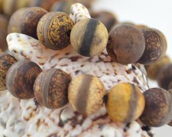 14.5 Inch  Fire Etched Tibetan Agate dZi beads  8MM   Round  Bead