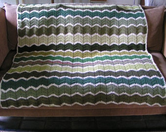 Ripple afghan throw blanket/zig-zag