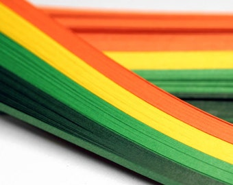 The set of paper strips for quilling includes 4 shades. The width 3mm/2mm, the length is 290mm. 100 pcx.