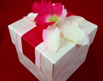 25 Ivory Favor Box with Hawaiian Orchid, Luau Party Favor, Birthday, Tropical theme
