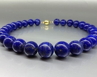 Necklace with Lapis Lazuli beads of high quality - gift idea - big beads -  natural Lapis - classic statement collier - royal blue beads