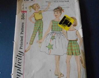 Simplicity 3494, Pant, Top,  Skirt, Child size 10