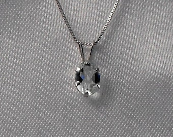 White Topaz and Sterling Silver Necklace - Gemstone Jewelry          (GS-371)