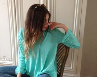 Loose Top / Gorgeous Turquoise Womens Shirt  / Long sleeves / Yoga