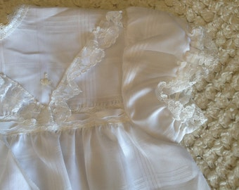 1970's White Lace Baby Dress Size 0 Beautiful, Unused with Tags