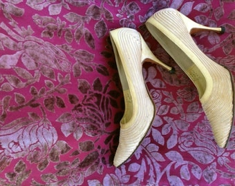 Classic 1950s Vintage Danny Simmons Pumps, Size 7 Narrow