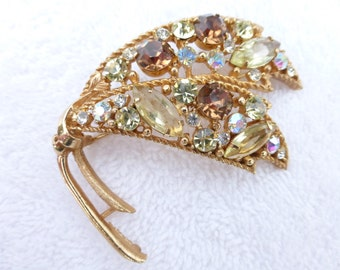 Emmons gold tone and rhinestone leaf brooch AD49