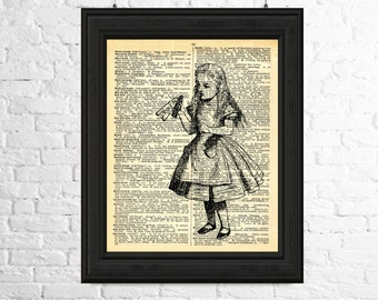Alice in Wonderland Instant Download - Drink Me, Dictionary Page Art, Printable Poster, Fairytale Printable, Printable Art, Drink Me Art