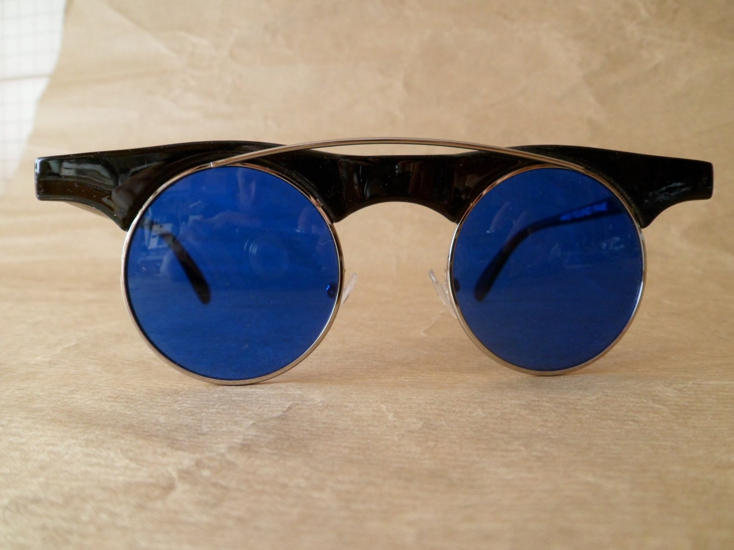 Vintage from deadstock round plastic sunglasses with metal bridge - only BLUE steampunk buy now online