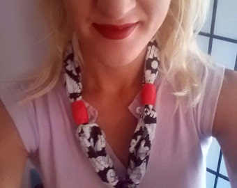 """Fabric and Wood Colorful Necklace """"Scarflace"""" Hand screen printed"""