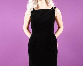 50s Black Velvet Wiggle Dress - MED - Rhinestone Details