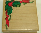 Holly Ribbon Corner Christmas Wood Mounted Rubber Stamp By Hero Arts