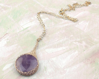 Amethyst necklace, Large gemstone pendant necklace, Round gemstone pendant, Unique Pendant gold wire, Amethyst POTION PENDANT, Lavender