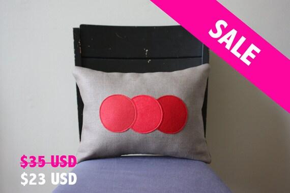 Ombre Trio Pillow - Strawberry Red