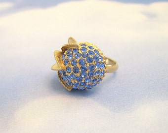 Vintage Flower Ring Rhinestone Sapphire Goldtone Adjustable