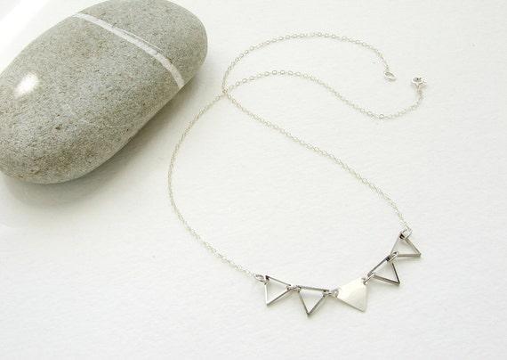 Triangle link necklace, geometric jewelry, silver triangle necklace, simple minimal jewelry