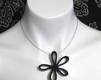 black flower pendant, edgy jewelry, black daisy