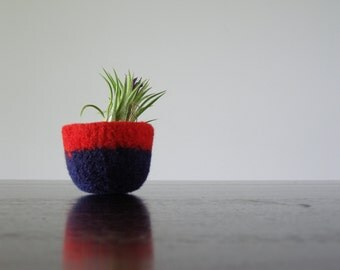 colorblock decorative bowl - bright red and navy blue soft wool bowl - soft ring holder - air plant planter - minimalist home decor