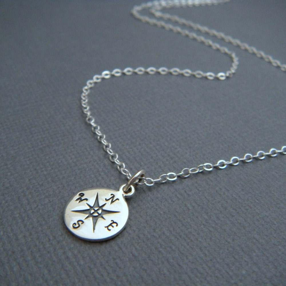 silver compass necklace. simple everyday jewelry. tiny