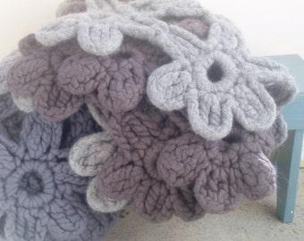 BigBig Blossom blanket throw