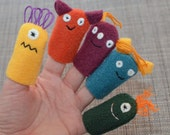 Monster Finger Puppets, in Bold Colors (5-pack)